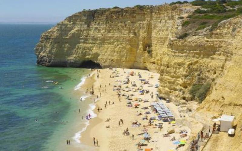 Playa de Vale Centeanes