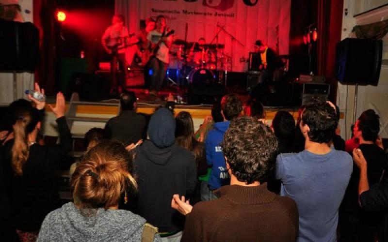 Bandas de música del Algarve compiten en el 'Abril Bandas Mil'