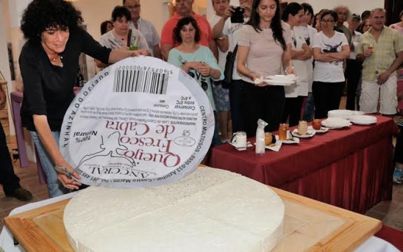 El mayor queso de cabra del Algarve