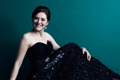 La soprano Olga Heikkila, en concierto en el Cine-Teatro Louletano