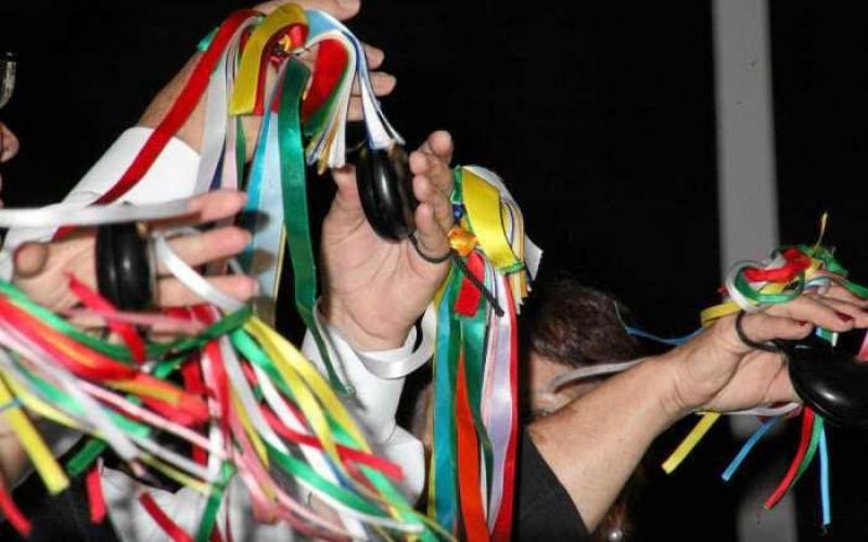 Tavira da la bienvenida a 2019 con los tradicionales encuentros de charolas