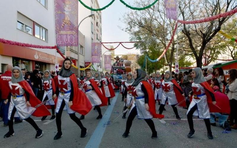 Loulé bate el récord de asistencia en su desfile de Carnaval