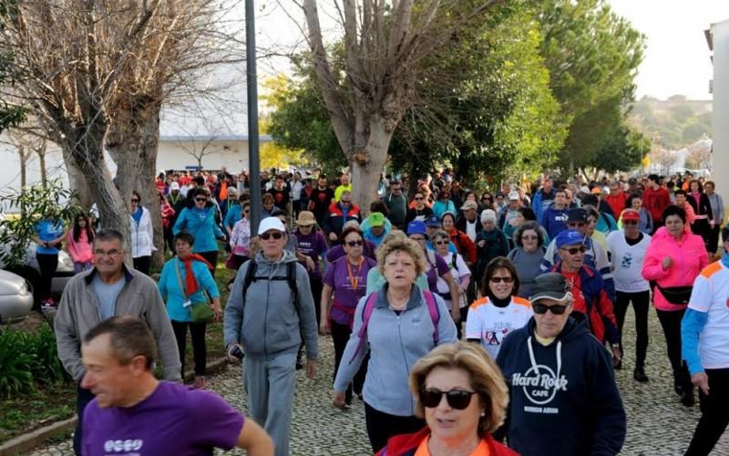 Cerca de 600 personas recorren los rincones de Castro Marim