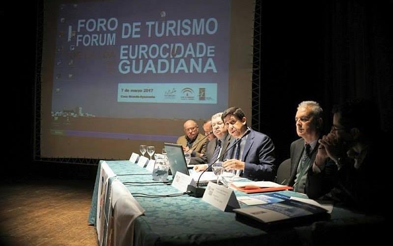 El I Foro de Turismo trabaja la creación de la marca para la Eurociudad del Guadiana