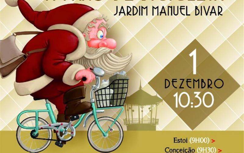 Papá Noel llega a Faro en bicicleta