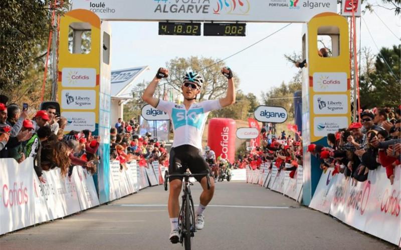 Michal Kwiatkowski gana la 44ª Vuelta al Algarve