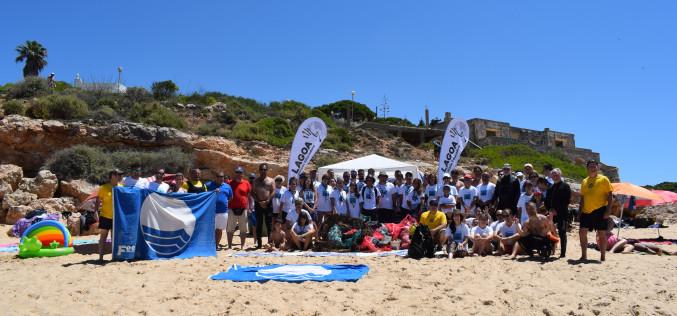 'Vamos a limpiar el mar', en Carvoeiro