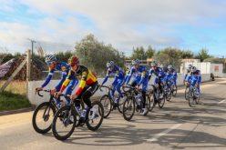 A melhor equipa do mundo do ciclismo 2018, a belga Deceuninck-Quick Step, escolheu Lagoa para estagiar