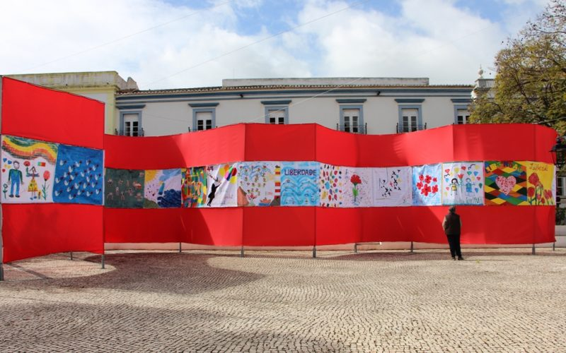 Castro Marim presentó la Gran Bandera de la Libertad