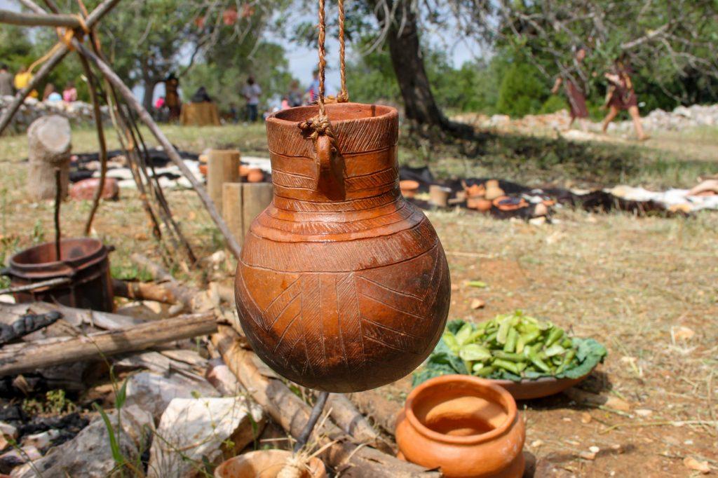 """""""Un día en la Prehistoria"""" vuelve a animar Alcalar (Portimão)"""
