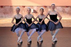 """Festival de Dança """"Arte sem Fronteiras"""" no palco do Revelim de Santo António"""