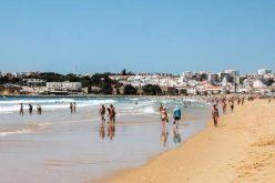 Meia Praia se une a #LitterHERO para una acción de limpieza en la playa