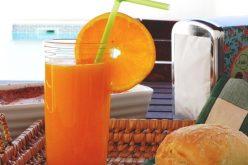La naranja algarvía a la mesa de turistas