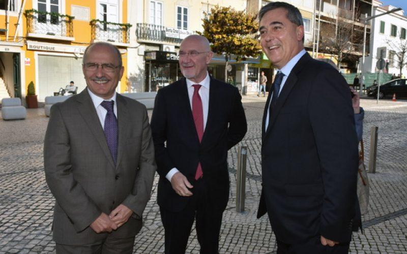 Loulé recibe al embajador de Argentina