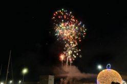 Milhares de olhanenses festejaram entrada em 2020 junto à Ria Formosa