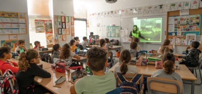 Alumnos de Olhão participan en una actividad de Educación Ambiental