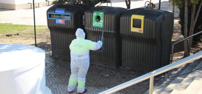 Castro Marim refuerza la limpieza y desinfección de contenedores