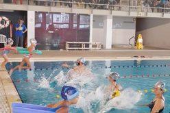 Loulé promueve la formación en línea «Aprender a jugar en el entorno acuático»