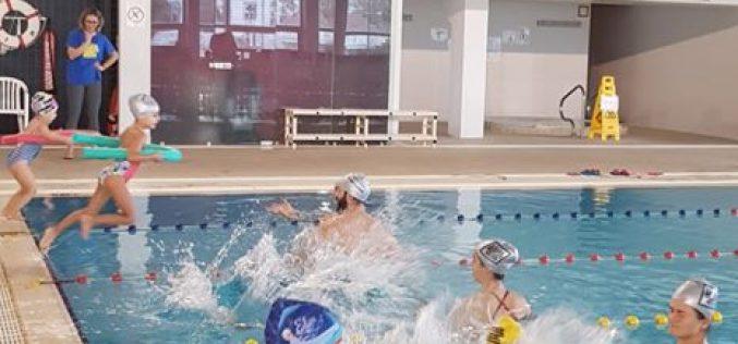 """Loulé promove formação online  """"Aprender a brincar na adaptação ao meio aquático"""""""
