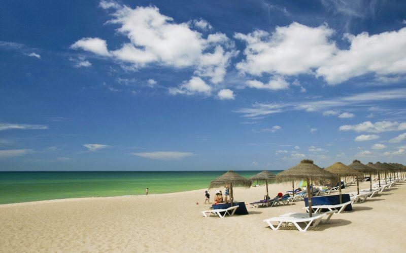 Loulé promueve la seguridad de la salud en las playas
