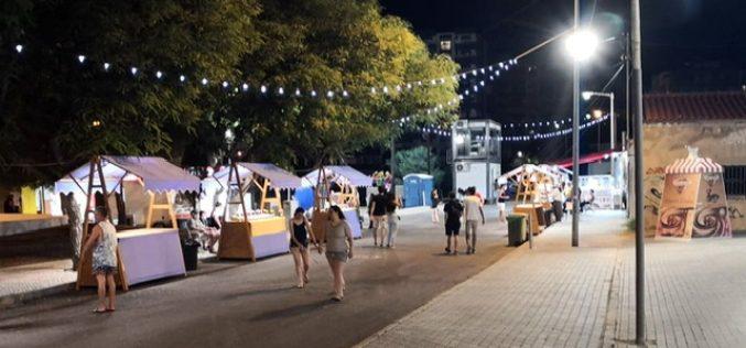 Artesanato e produtos locais em destaque no mercado de verão de Quarteira