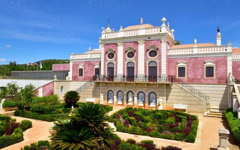Pousada Palácio de Estói abre renovado