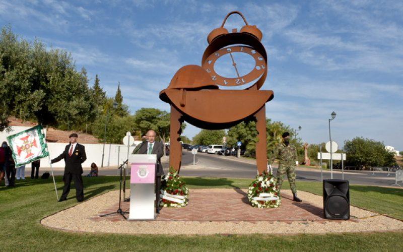 Alte inaugura el monumento a los combatientes de guerra