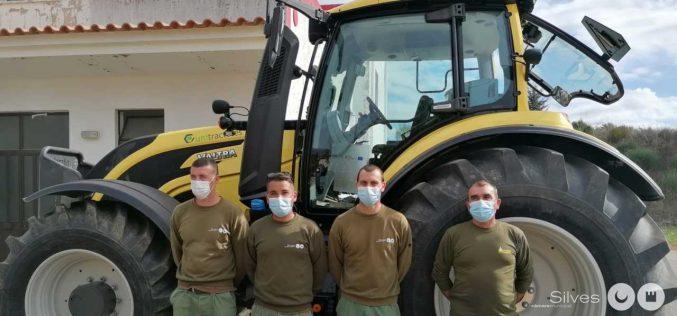 Silves apoya a agentes forestales con formación de tractores de bosques