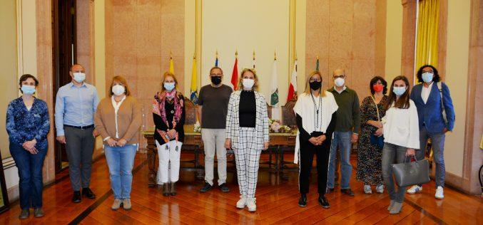 Museo de Arqueología de plata recibe visita de la red de museos portugués